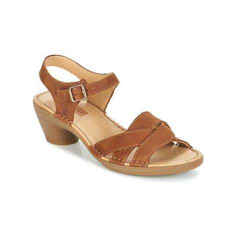 El Naturalista AQUA women's Sandals in Brown