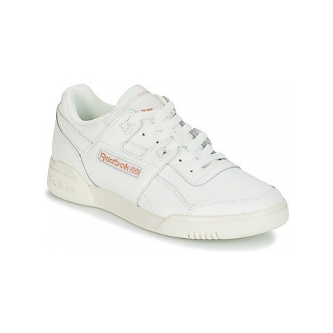 Reebok Classic WORKOUT LO PLUS women's Shoes (Trainers) in White
