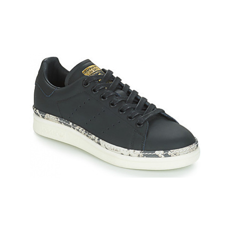 Adidas STAN SMITH NEW BOLD women's Shoes (Trainers) in Black