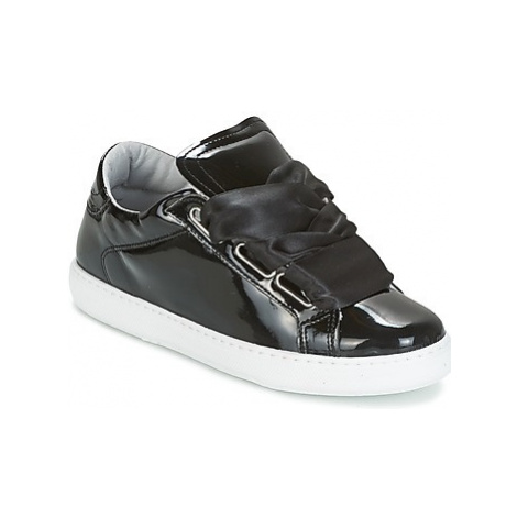 Yurban HOURIX women's Shoes (Trainers) in Black