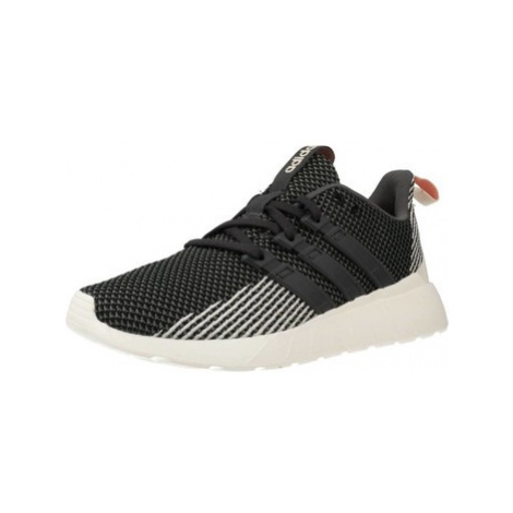 Adidas QUESTAR FLOW women's Shoes (Trainers) in Grey