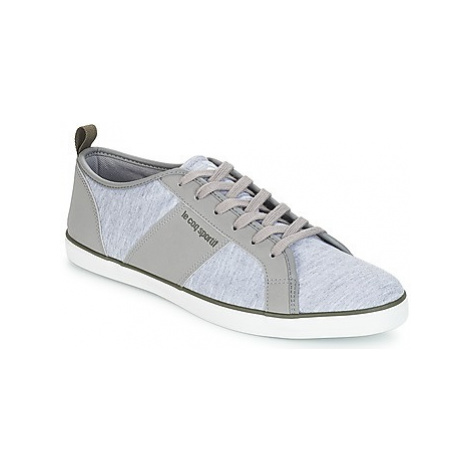 Le Coq Sportif CARCANS JERSEY men's Shoes (Trainers) in Grey