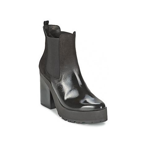 Miista YOLANDA women's Low Ankle Boots in Black