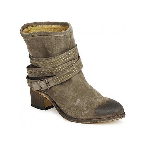 Atelier Voisin FEW DAIM women's Low Ankle Boots in Brown