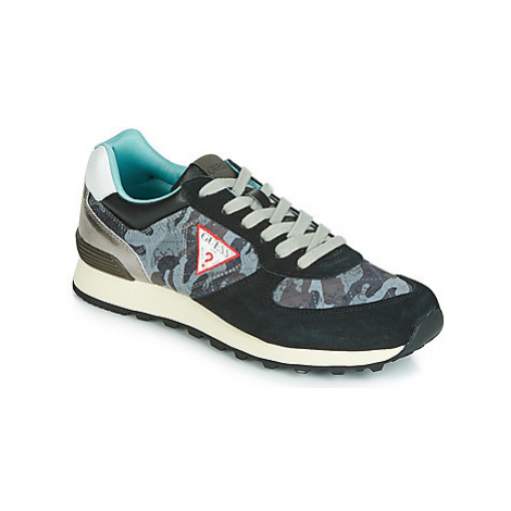 Guess CHARLIE men's Shoes (Trainers) in Black