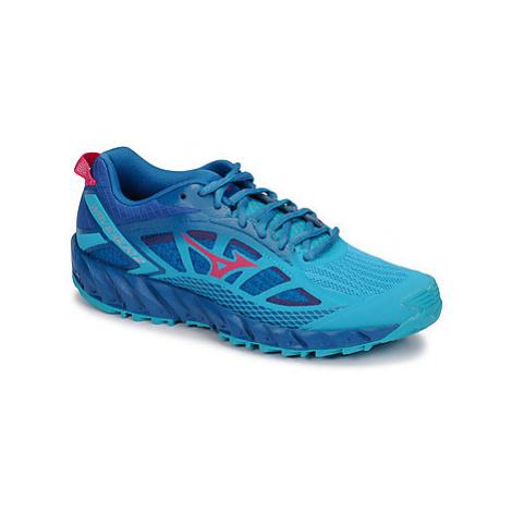 Green women's running shoes
