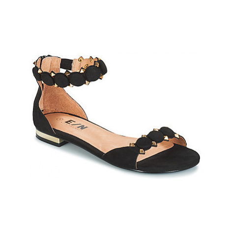 Elue par nous ESTOMPE women's Sandals in Black