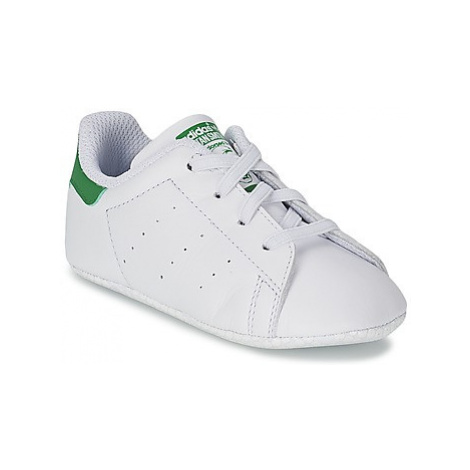 Adidas STAN SMITH GIFTSET girls's Children's Shoes (Trainers) in White