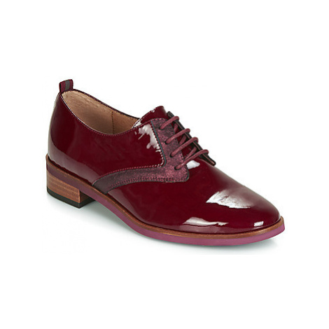 Karston JINAX women's Casual Shoes in Bordeaux