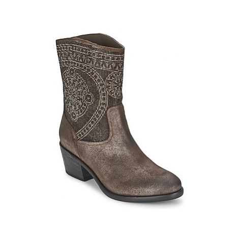 Now PIOMBO women's Low Ankle Boots in Grey