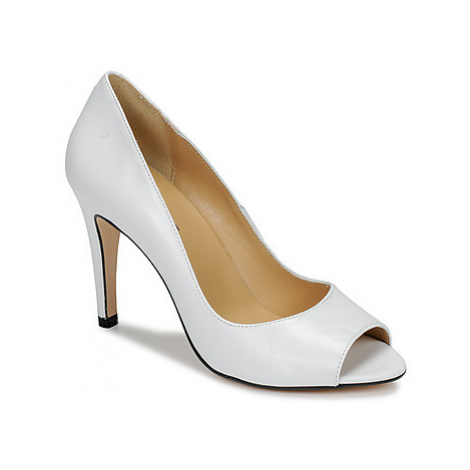 Betty London EMANA women's Court Shoes in White