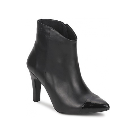 Pastelle ARIEL women's Low Ankle Boots in Black Pastelle by Patricia Elbaz