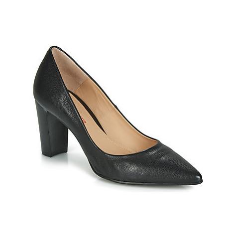 Perlato POLA women's Court Shoes in Black
