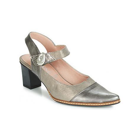 Dorking 7838 women's Sandals in Grey