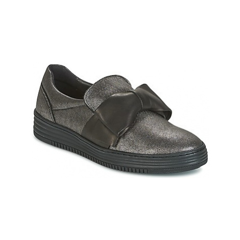Bullboxer OLIVE women's Shoes (Trainers) in Black