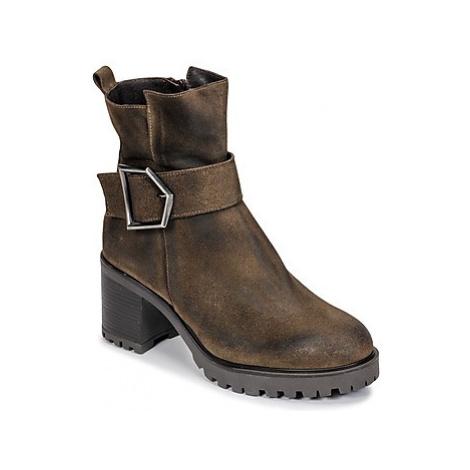Sweet Lemon PIRLOU women's Low Ankle Boots in Brown