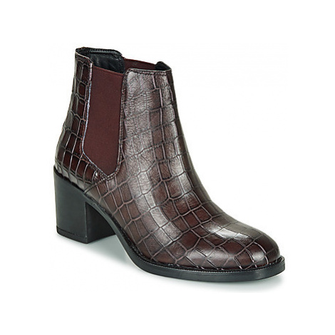 Clarks MASCARPONE women's Low Ankle Boots in Brown