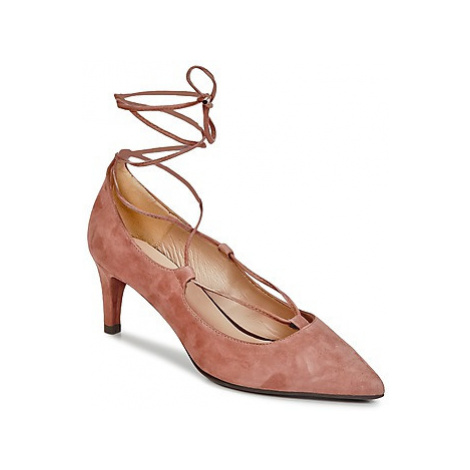 Betty London FIAJI women's Court Shoes in Pink