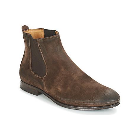 Brown women's chelsea boots