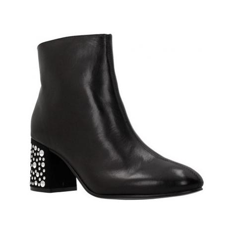 Café Noir LC144 women's Low Ankle Boots in Black