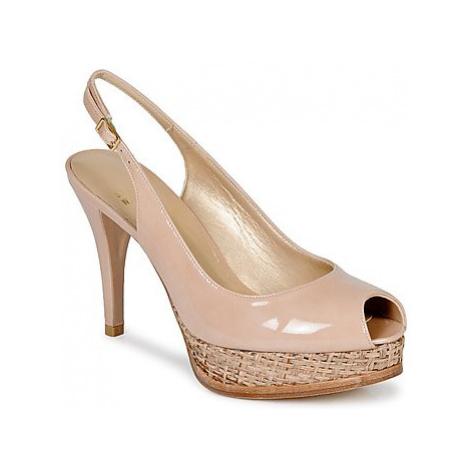Stuart Weitzman SLINK women's Sandals in Pink