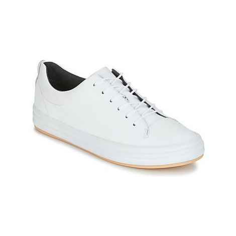 Camper HOOP women's Shoes (Trainers) in White