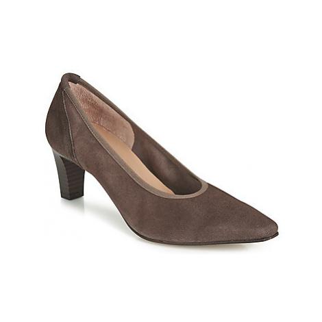 Perlato 10367-CAM-TERRA women's Court Shoes in Brown