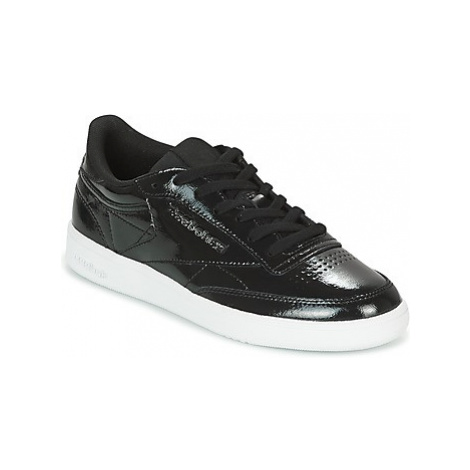 Reebok Classic CLUB C 85 PATENT women's Shoes (Trainers) in Black