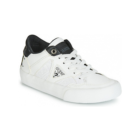 Guess JR BRIAN boys's Children's Shoes (Trainers) in White