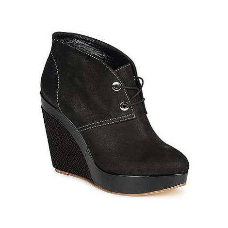 Gaspard Yurkievich C4-VAR8 women's Low Boots in Black