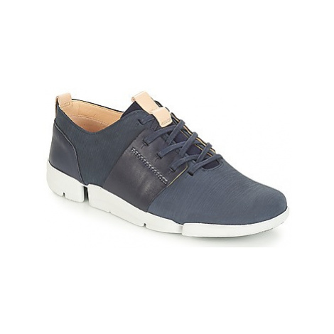 Clarks Tri Caitlin women's Shoes (Trainers) in Blue