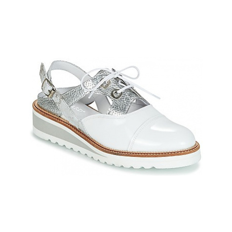 Regard RALAST women's Casual Shoes in White