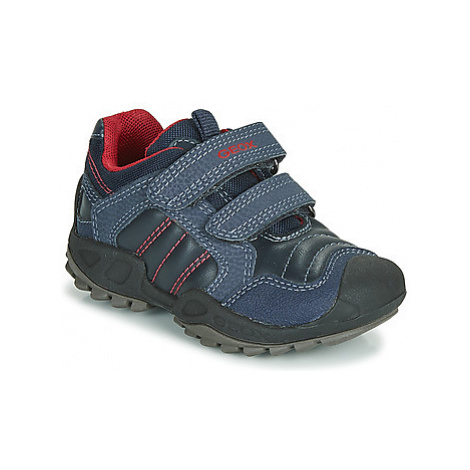 Geox J NEW SAVAGE BOY boys's Children's Shoes (Trainers) in Blue