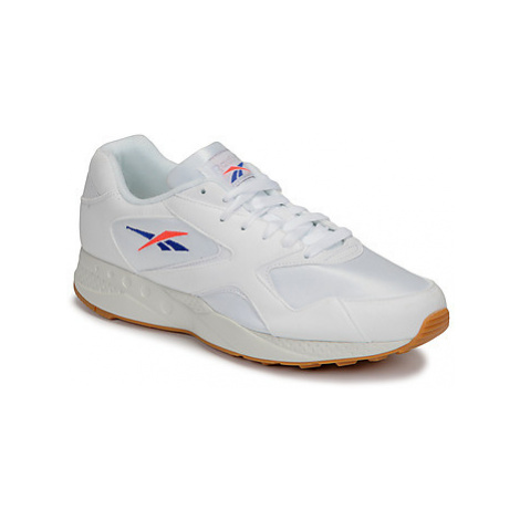 Reebok Classic TORCH HEX men's Shoes (Trainers) in White
