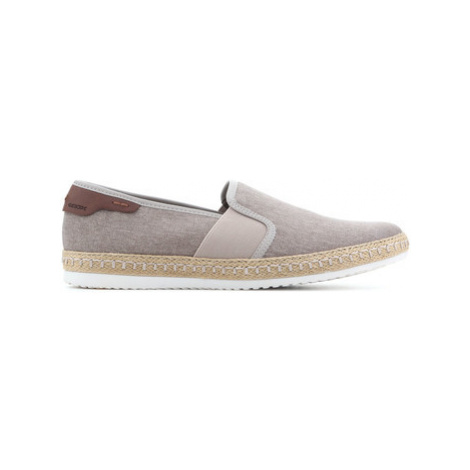 Geox U Copacabana B U82B7B 000NB C5004 men's Slip-ons (Shoes) in Brown