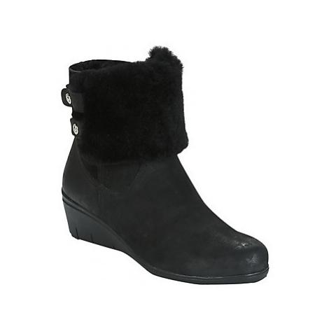 Caprice FELICIA women's Mid Boots in Black