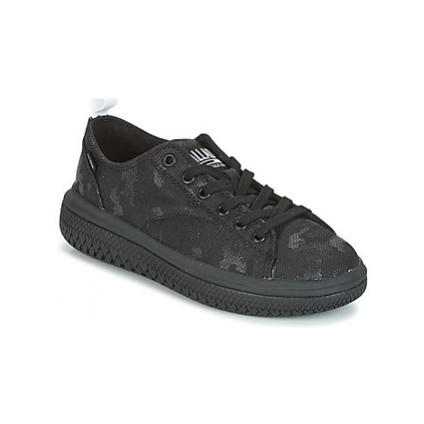 Palladium CRUSHION LACE CAMO women's Shoes (Trainers) in Black