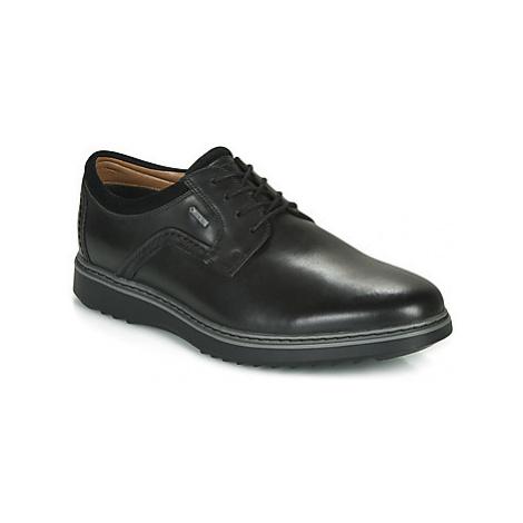 Clarks UN GEO LACE GORE-TEX men's Casual Shoes in Black