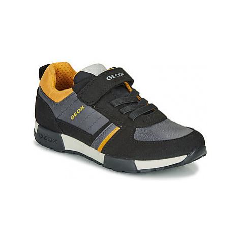 Geox J ALFIER BOY boys's Children's Shoes (Trainers) in Black