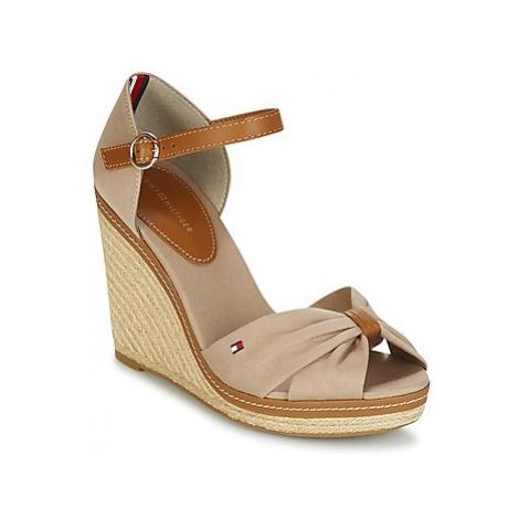 Tommy Hilfiger ICONIC ELENA SANDAL women's Sandals in Beige