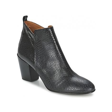 Emma Go ERWANS women's Low Ankle Boots in Black