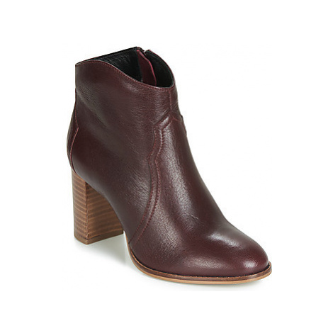 Ravel FOXTON women's Low Ankle Boots in Bordeaux