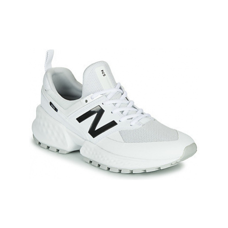 New Balance 574 men's Shoes (Trainers) in White