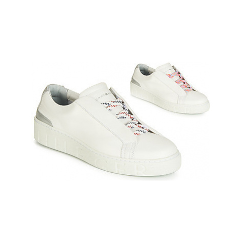 Tommy Hilfiger SANDIE 4A women's Shoes (Trainers) in White