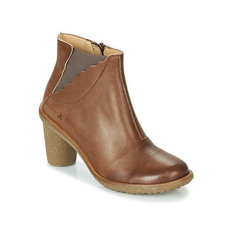 El Naturalista TRIVIA women's Low Ankle Boots in Brown