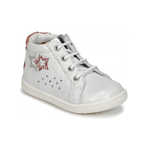 GBB SABBAH girls's Children's Shoes (High-top Trainers) in White