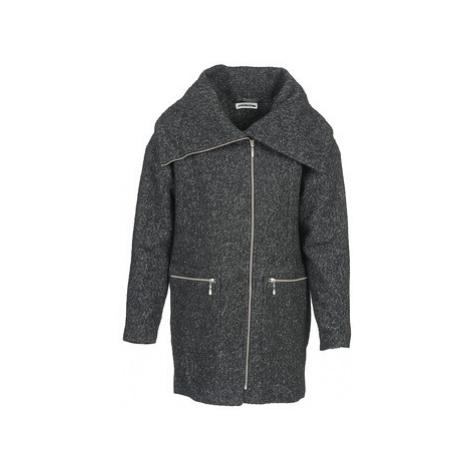 Noisy May ROUND women's Coat in Grey