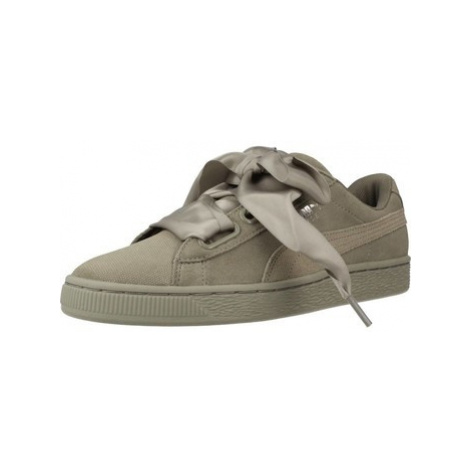Puma HEART PEBBLE women's Shoes (Trainers) in Green
