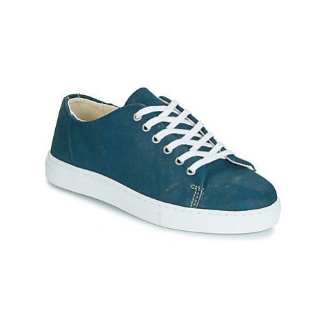 Dream in Green JAKANIS women's Shoes (Trainers) in Blue