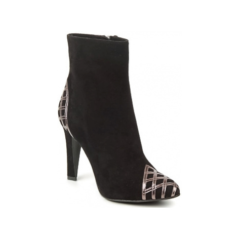 Marc Jacobs CHAIN LOW women's Low Ankle Boots in Black
